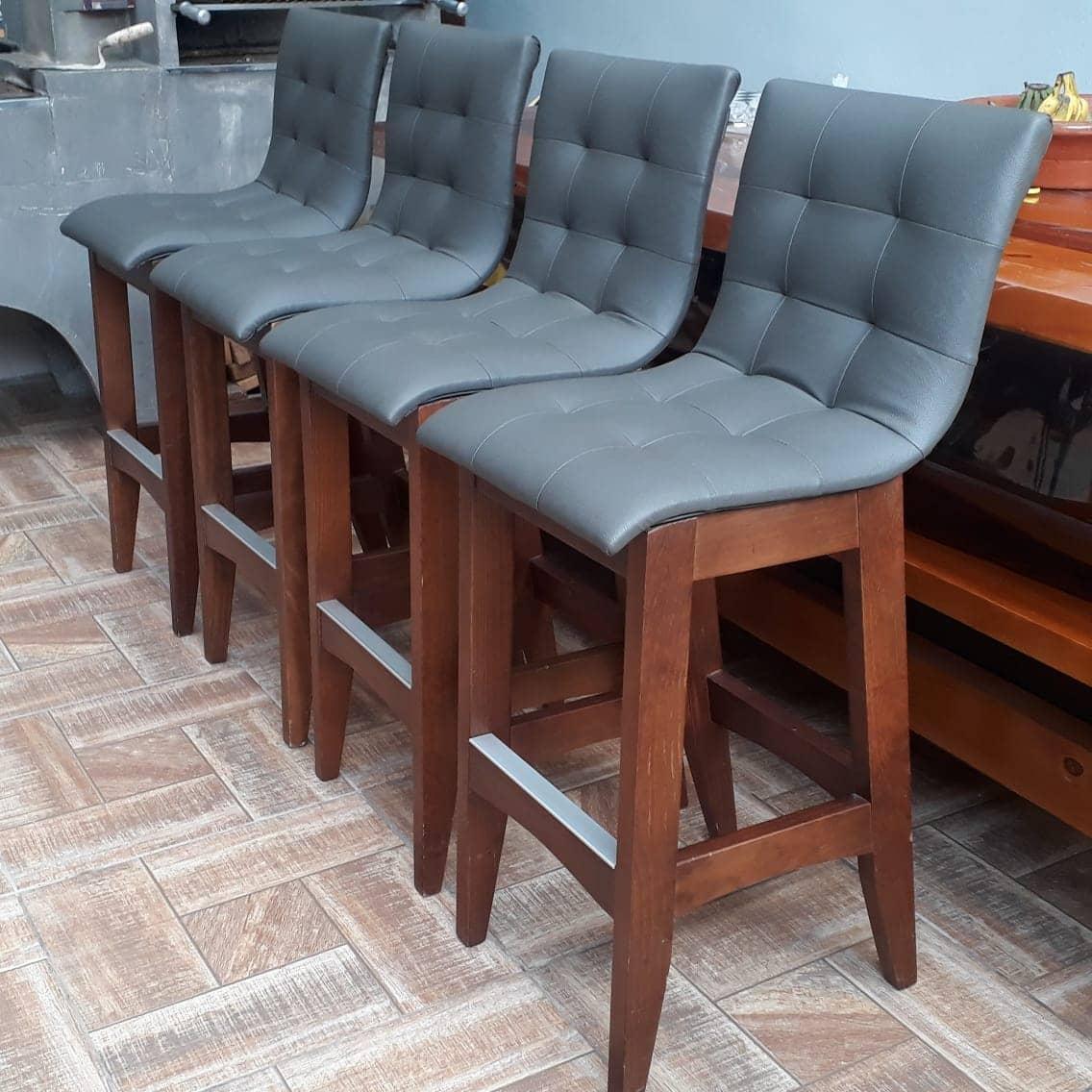 Restauração de Cadeiras Estofadas